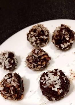 Protein energy balls